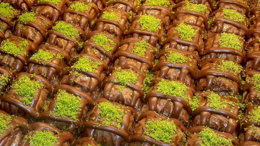 cikolatali-cevizli-baklava